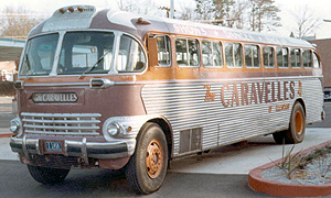 The Caravelles Bus